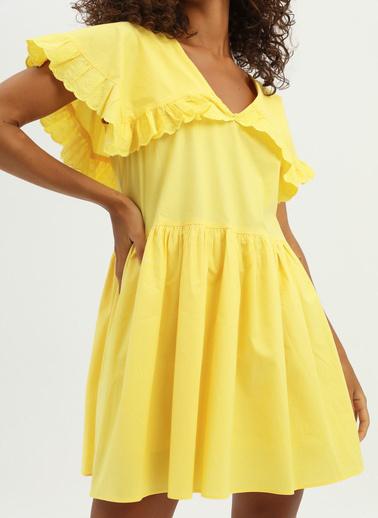 Quzu Elbise Sarı